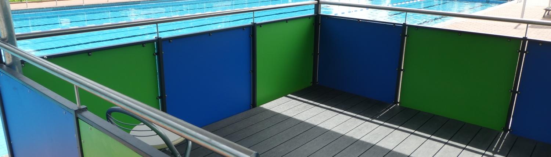 Schwimmbad Bademeister-Tribüne